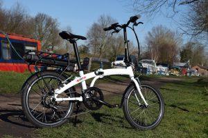 BATRIBIKE DART   Lightweight folding e-Bike  Unisex styling   Easy adjust handlebars